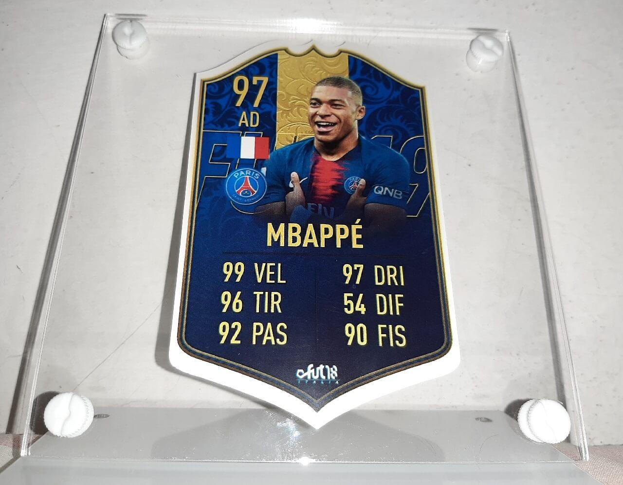 Mbappé TOTY card personalizzata, la stampa