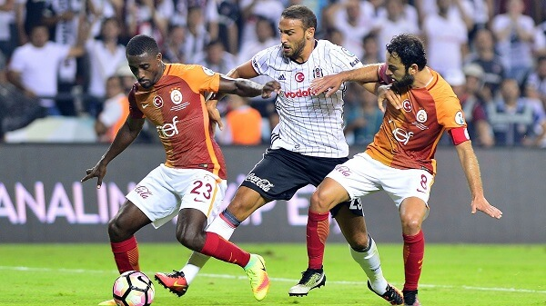 La partita decisiva fra Galatasaray e Besiktas