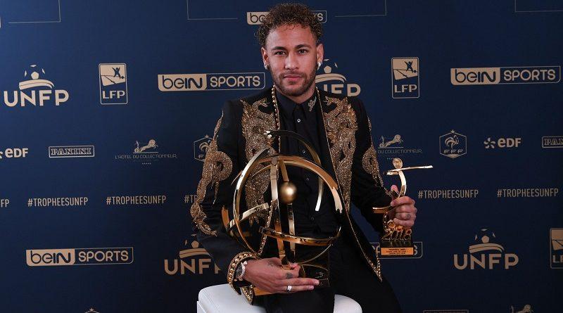 Neymar Jr del PSG vince il premio di Giocatore dell'Anno della Ligue 1